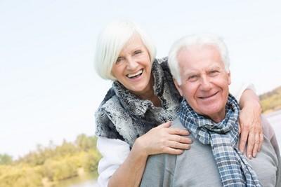 Senioren genießen ihre Sofortrente